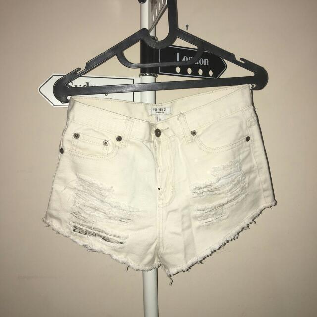 Forever 21 Ripped Short / Celana Pendek Jeans