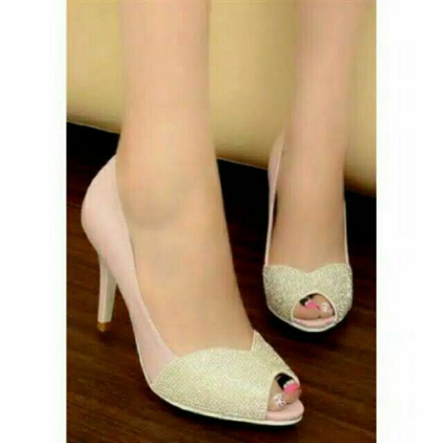 Sepatu Heels Pink
