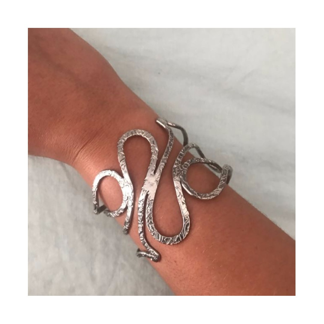 Silver Adjustable Mouldable Cuff