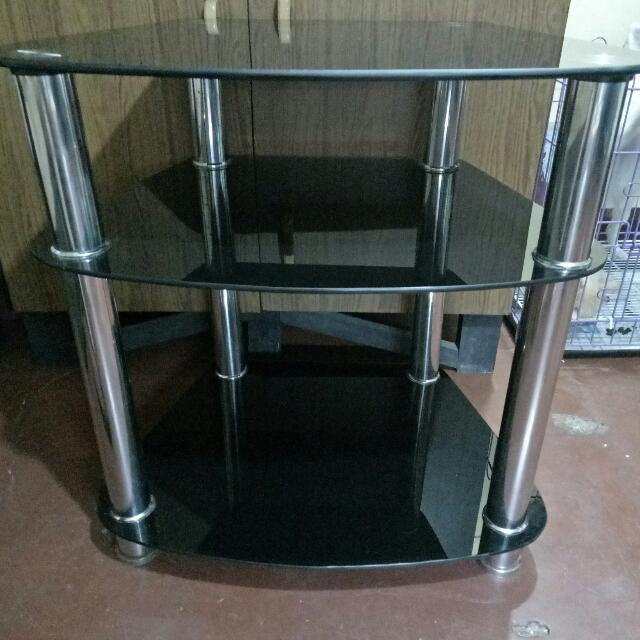 Tempered glass  TV Stand good conditon