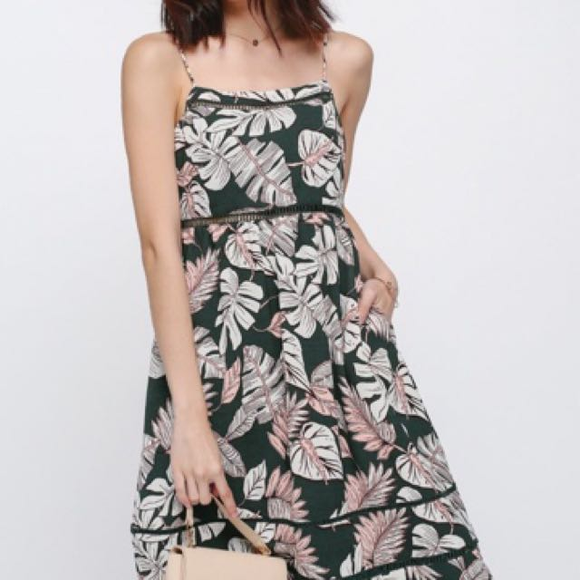 10cdd8144329 Very Good Condition Emberly Eyelet Printed Dress In Size L, Women's ...