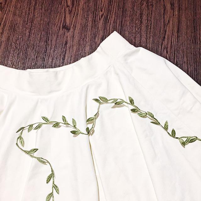 White Skater Skirt ⚪️