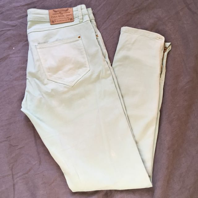 ZARA light pastel blue Jeans