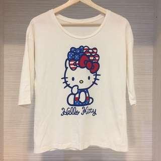 Uniqlo Hello Kitty上衣