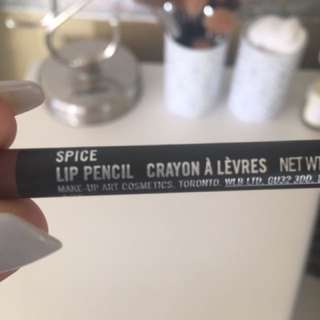 MAC Lip Pencil Spice