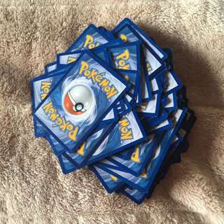 100 Pokemon Cards