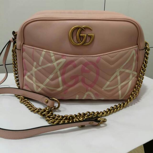 db8215e66d4631 100%autnentic and new Gucci gg marmont quilted-leather cross-body ...