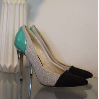 SIREN SHOES - size 10 multi black/ turquoise pointed heel