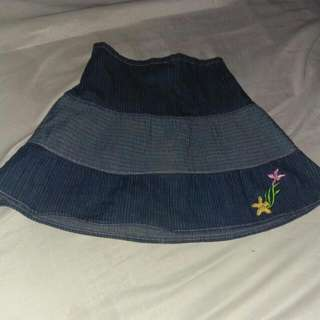 rok anak anak size 5-6 thn..good condition