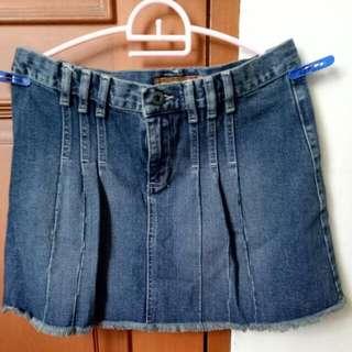 Rok Jeans Merek Volcom Size 28