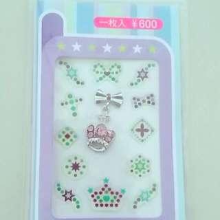 手機、鏡子、指甲貼飾(原價60)