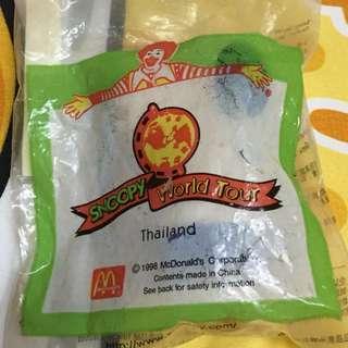 公仔擺設 麥當勞史諾比世界之旅 泰國造型 (Snoopy World Tour THAILAND)