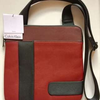 Calvin Klein Men's Devin Flat Pack Messenger Bag (authentic, with price tag)