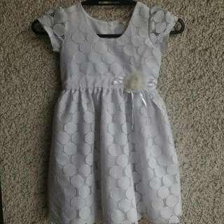 White Dress (4-6 yo)