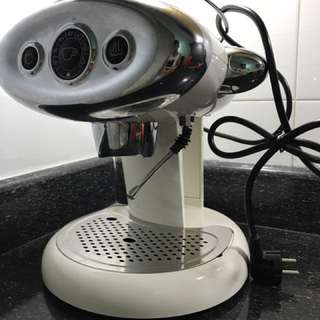 Illy Coffee Machine (francisfrancis)