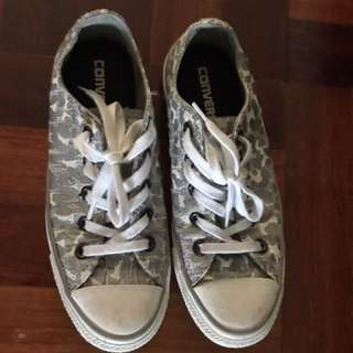 Converse Grey Camo Colour Low Cut All stars