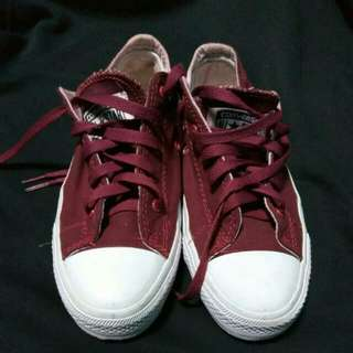 Converse Size 38.