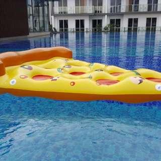 Pizza Float- Pool Rental