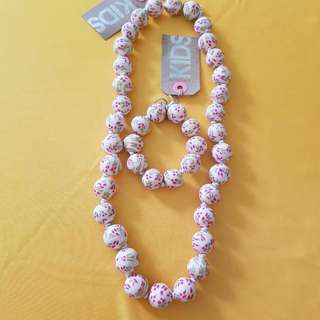 BNWT KID's NECKLACE N BRACELET SET