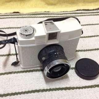 上架—Lomo 相機 白色復刻版 Diana F+ Edelweiss