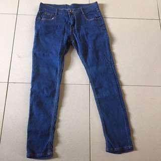🚚 藍丹寧牛仔褲