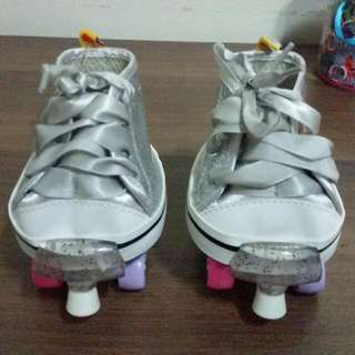 Build a bear shoes with roller blades