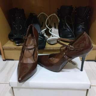 Brown High Heels - Iconinety9