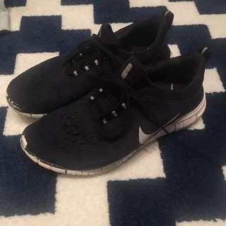 A.P.C x Nike Free