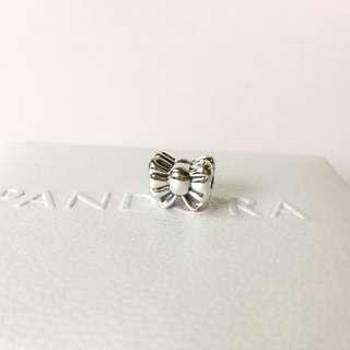 Pandora  Bow silver clip