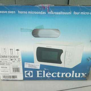 Electrolux Microwave 20lL
