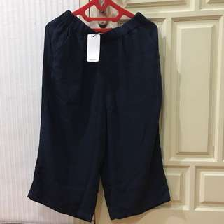 Celana Kulot Pendek Mango