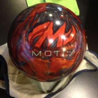 Motiv Primal Fear Bowling Ball
