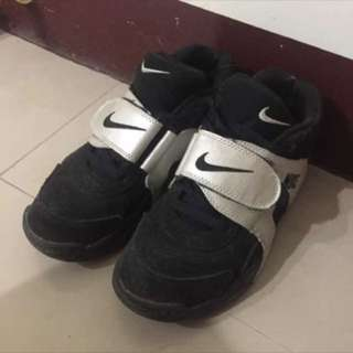 《二手》Nike Veer權志龍 魔鬼氈