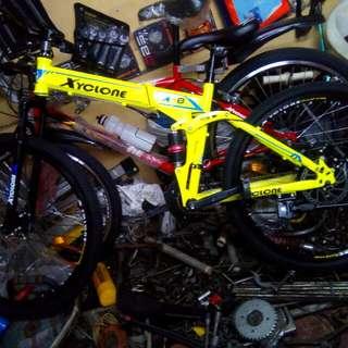 Xyclone Folded Bike
