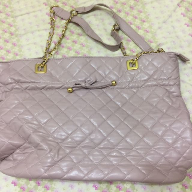 粉紅大包包