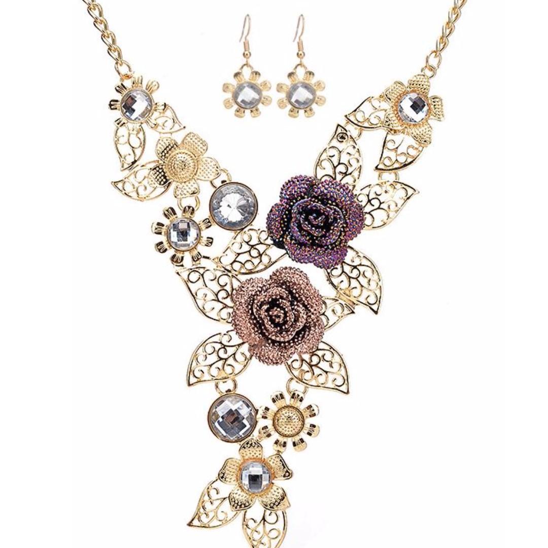 玫瑰花復古空花朵鑲鑽耳環項鍊套裝