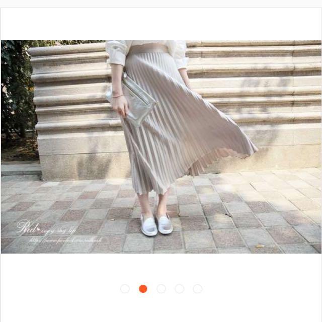 正韓 光澤感百摺裙