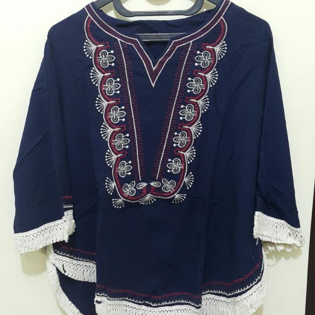 Atasan Embroidery - Besar Biru Gelap