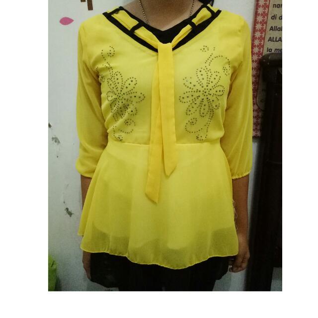 Baju sailor Kuning Cerah