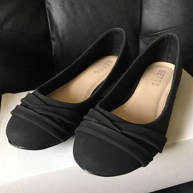 Betts Black Flats
