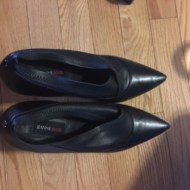 Brand New Black leather heels 2.5 inches - $20 size 40 (9-10)