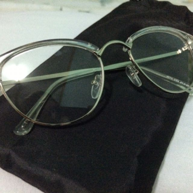 Clear Specs (With Pouch)