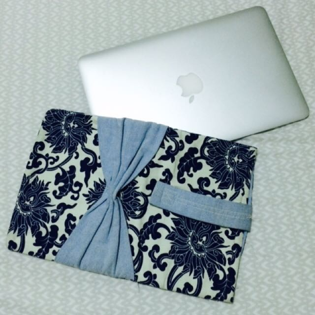 CUSTOM MADE Laptop Covers