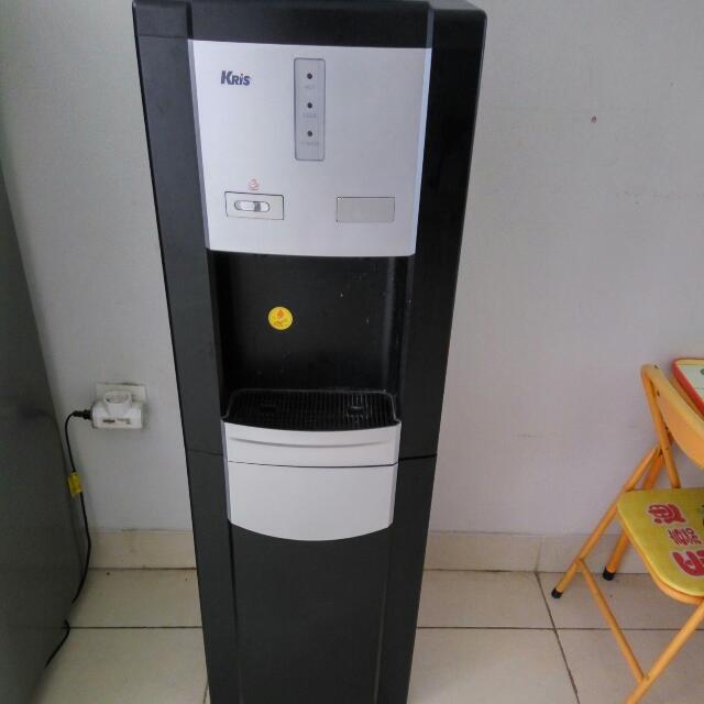 Dispenser Hot & Cool Merk KRIS
