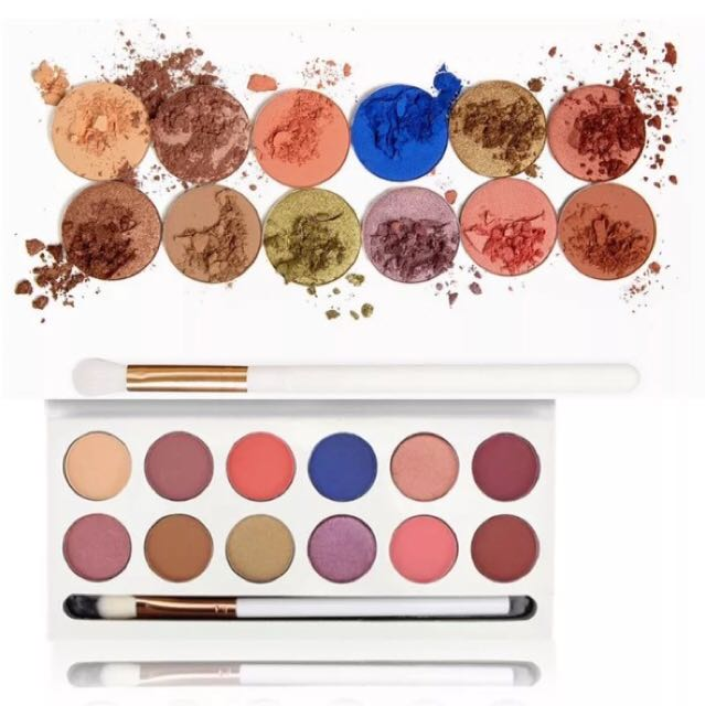 Eyeshadow Royal Peach Pallete