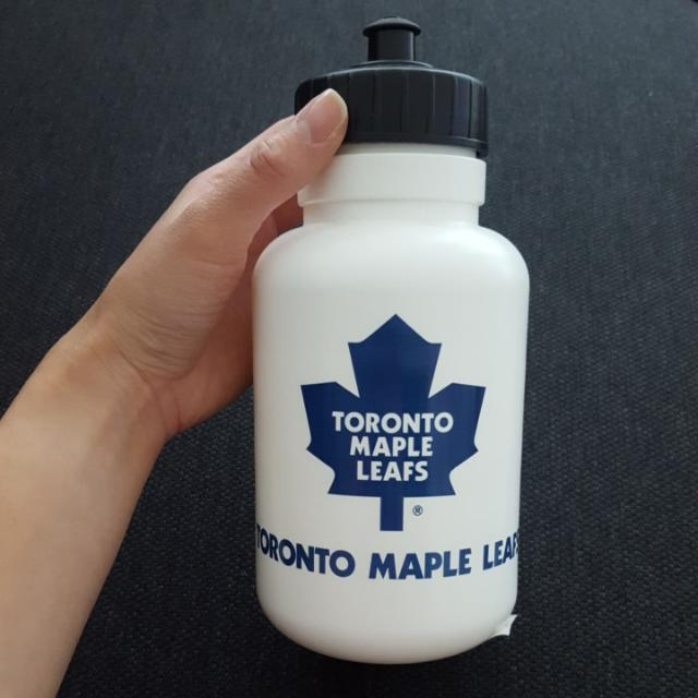Leafs water bottle (authentic)