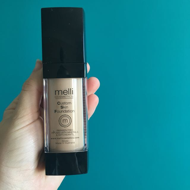 Melli Cosmetics Foundation- Dewy