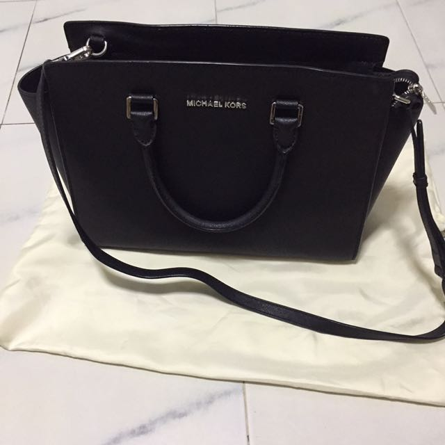 15a0b4ad198d ... clearance michael kors selma saffiano leather medium satchel womens  fashion bags wallets on carousell eeab7 d6974 ...