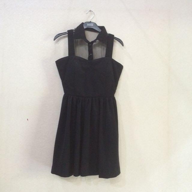 Mini dress hitam