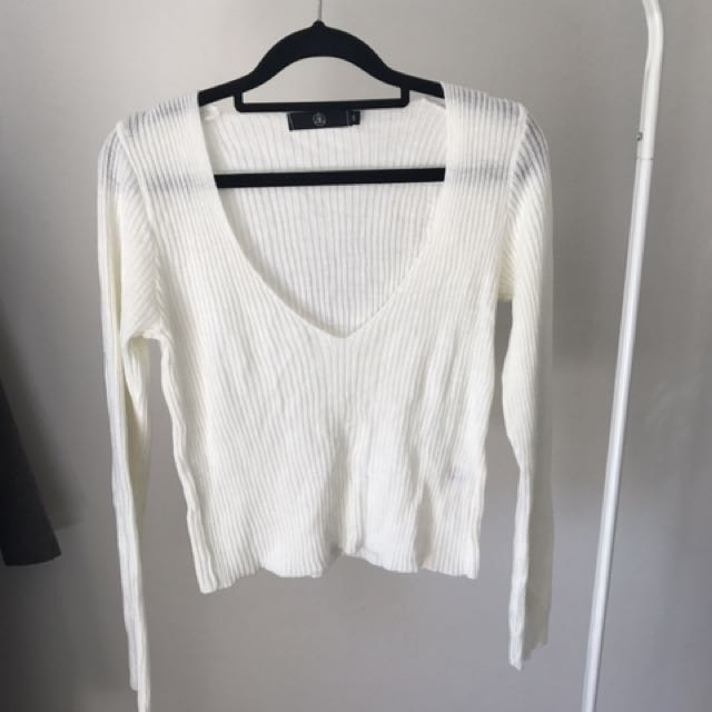 Misguided Low V Neck Knitted Sweater